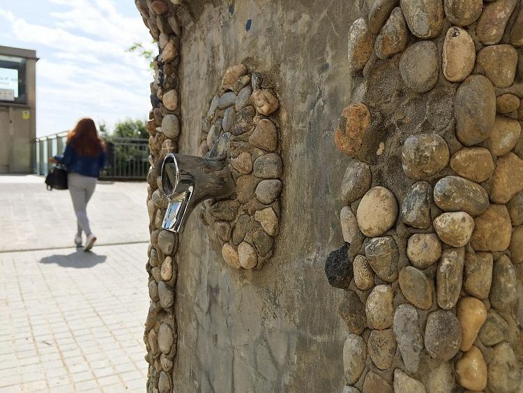 Font-pedra-Ciutat-Meridiana-170118