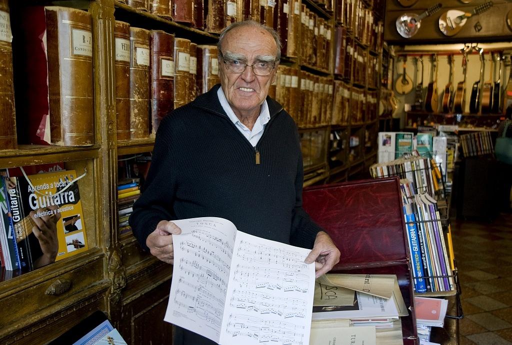 Lluís Castelló, propietari de Musical Emporium